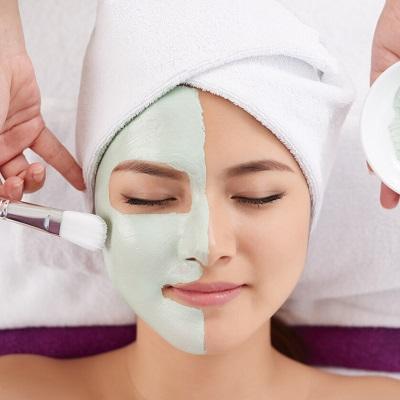 التنظيف العميق لبشرة الوجه في دبي وأبو ظبي تكلفة التنظيف العميق