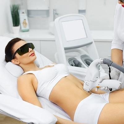 علاج إزالة الشعر بالليزر للجسم بالكامل عيادة دايناميك دبي