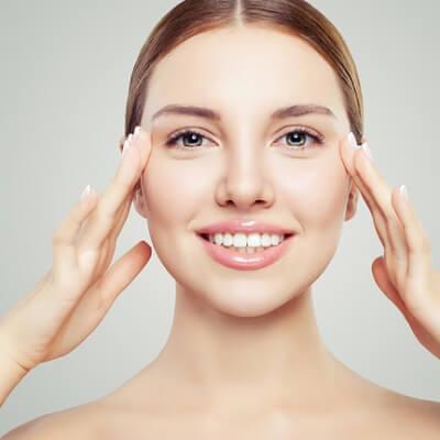 أشياء يجب أن تعرفها قبل الخضوع لعملية تجديد شباب الوجه عن طريق نقل الدهون